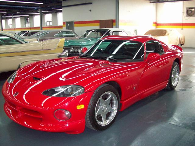 dodge viper gts usag vendre john scotti classic cars montr al. Black Bedroom Furniture Sets. Home Design Ideas