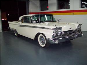 Ford Galaxie Skyliner 1959