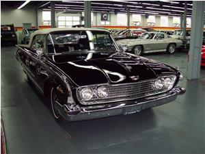 Ford Sunliner Convertible 1960