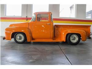 Ford F-100 Custom Cab 1956